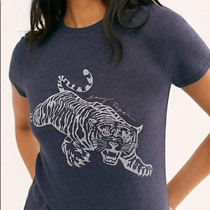 NEW Free People Easy Tiger Tee XS Navy